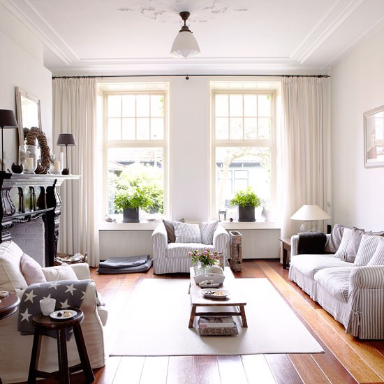 New england style living room country homes and interiors for Living room interior ideas uk