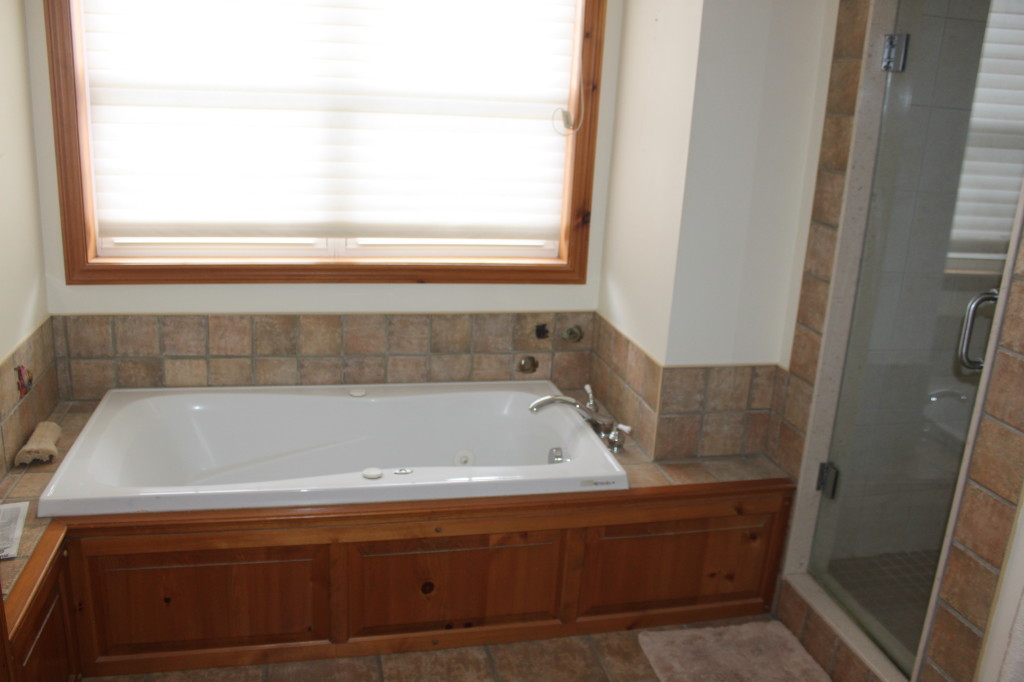McCann bathroom tub area before